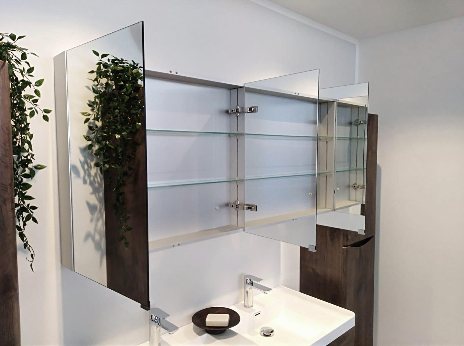Mit Spiegelschrank G1200