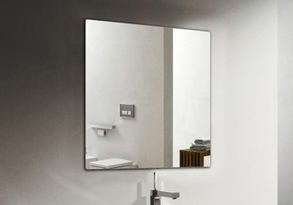 Mit Badspiegel 2137